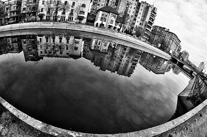 Bucuresti alb-negru, la 8 mm - Poza 3