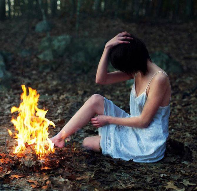 Sarah Ann Loreth: Echilibrul dintre intuneric si lumina - Poza 8