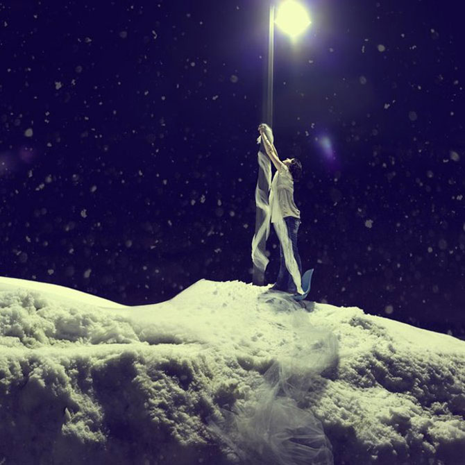 Sarah Ann Loreth: Echilibrul dintre intuneric si lumina - Poza 9