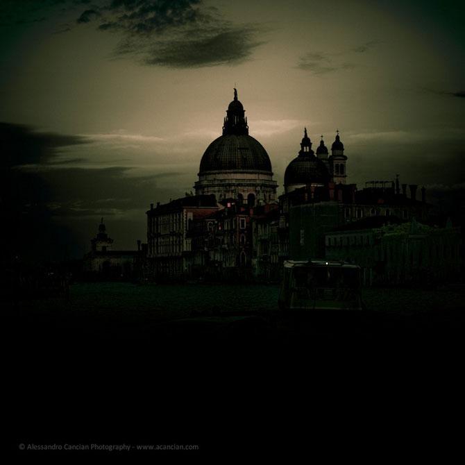 Venetia in misterul intunericului, de Alessandro Cancian - Poza 1