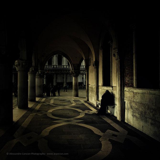 Venetia in misterul intunericului, de Alessandro Cancian - Poza 2