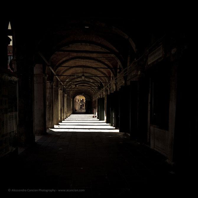Venetia in misterul intunericului, de Alessandro Cancian - Poza 7