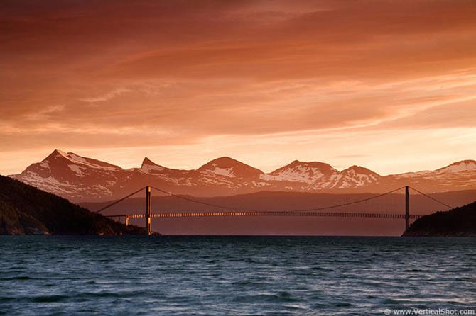 Peisaje de la capatul pamantului, de Vladimir Donkov - Poza 3