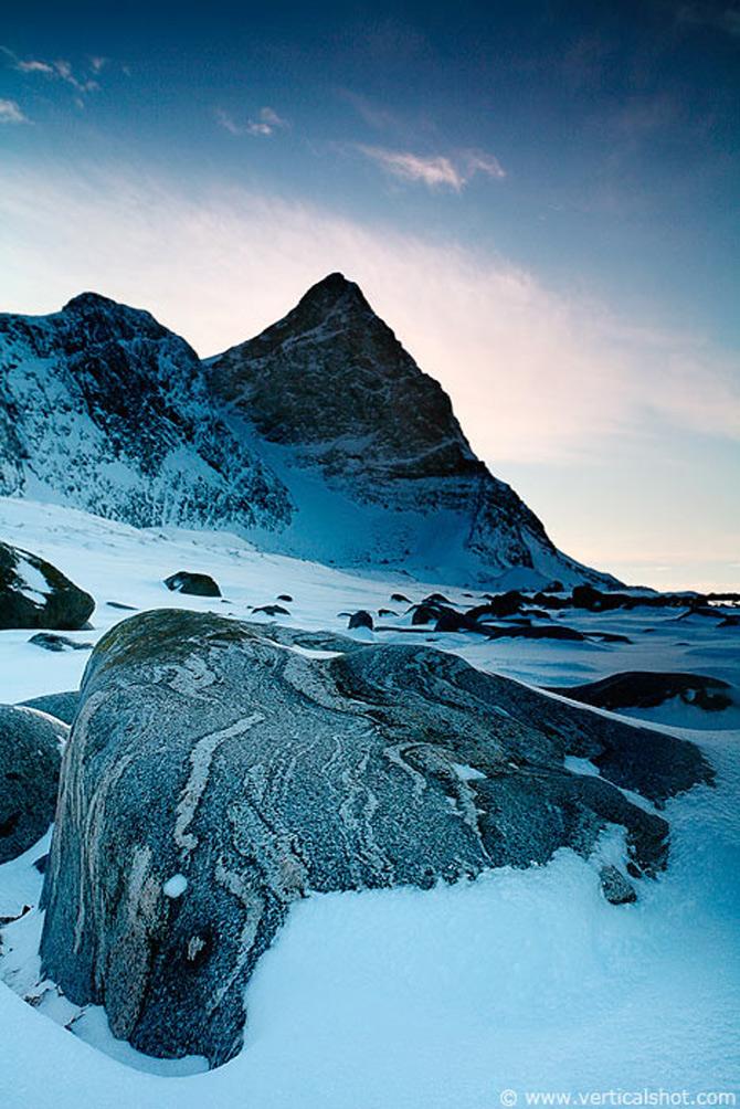 Peisaje de la capatul pamantului, de Vladimir Donkov - Poza 16