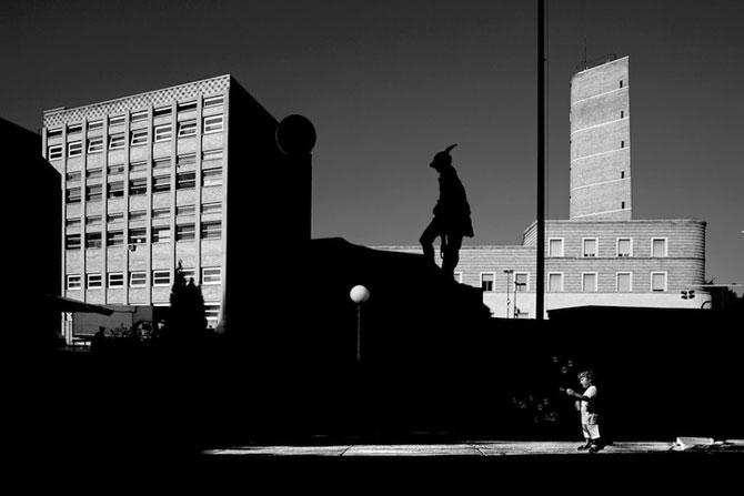 17 fotografii cu monumente ca desprinse din filme - Poza 5