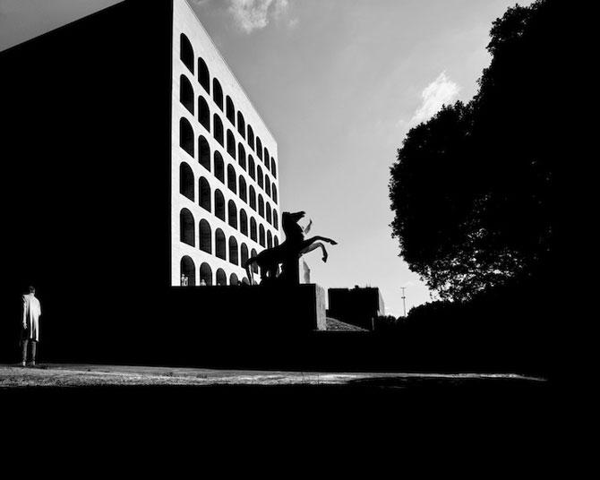 17 fotografii cu monumente ca desprinse din filme - Poza 6
