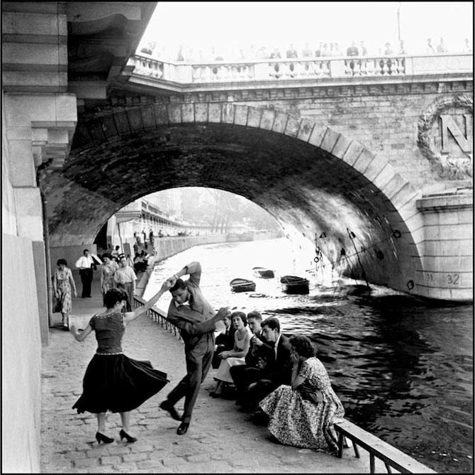 Iubirea in Parisul alb-negru al lui Paul Almasy - Poza 1