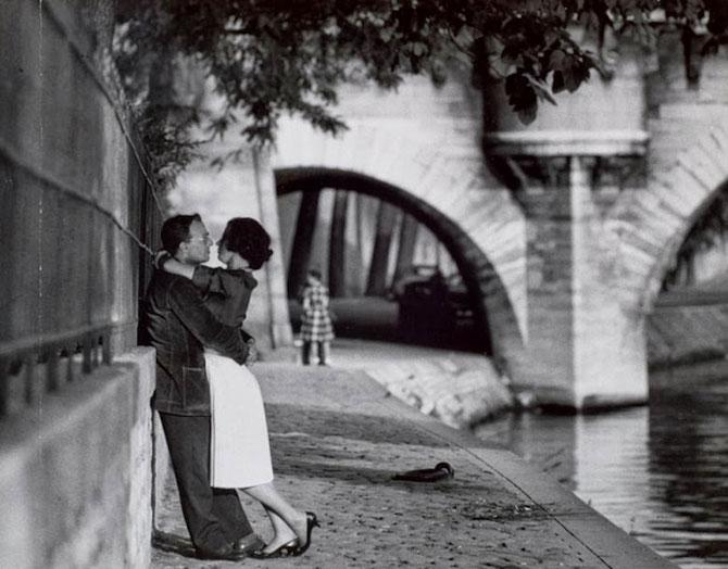 Iubirea in Parisul alb-negru al lui Paul Almasy - Poza 2