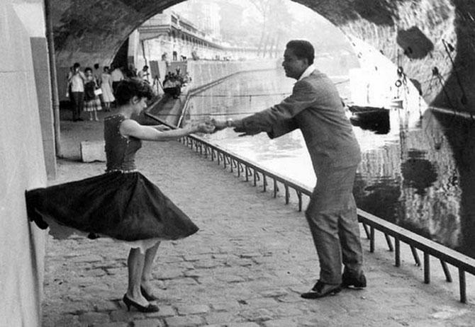 Iubirea in Parisul alb-negru al lui Paul Almasy - Poza 5
