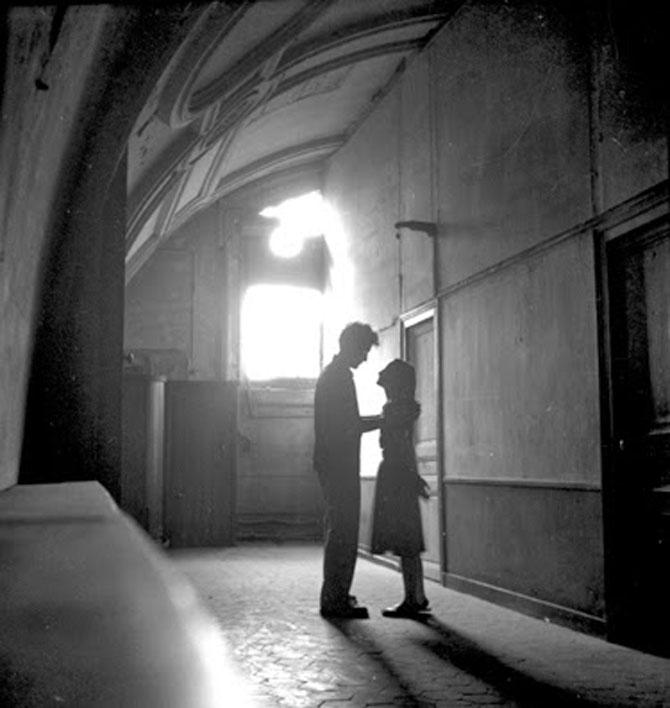 Iubirea in Parisul alb-negru al lui Paul Almasy - Poza 7