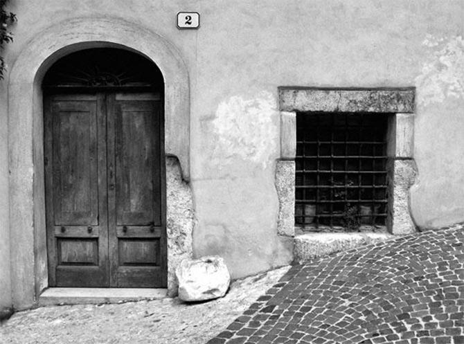 Alte povesti, in alb-negru - Poza 11
