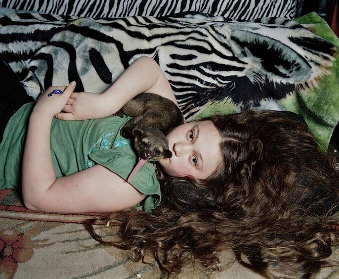 28 de super poze cu fetita care iubeste toate animalele - Poza 11