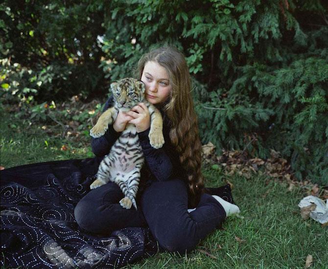 28 de super poze cu fetita care iubeste toate animalele - Poza 13