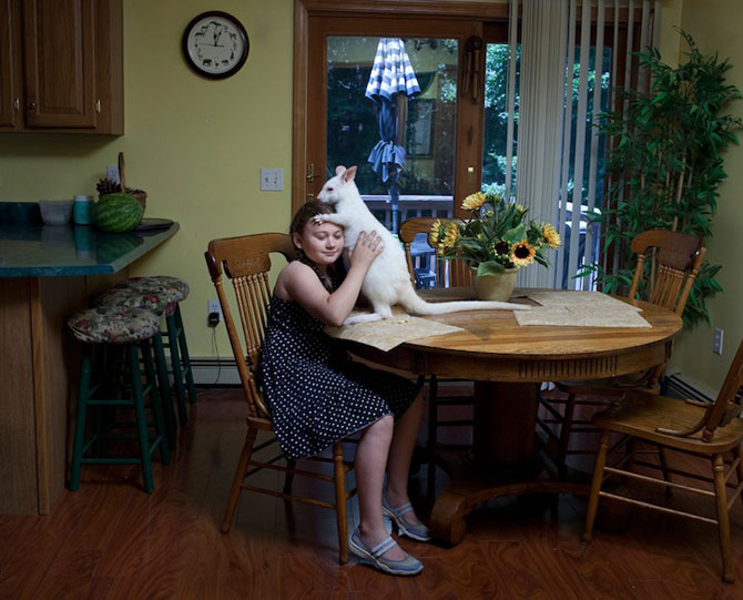 28 de super poze cu fetita care iubeste toate animalele - Poza 16