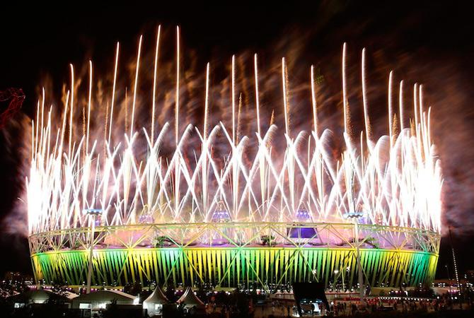 Exploziile de culoare din finalul JO 2012 - Poza 14