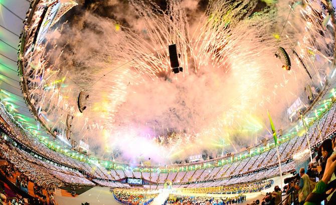 Exploziile de culoare din finalul JO 2012 - Poza 15