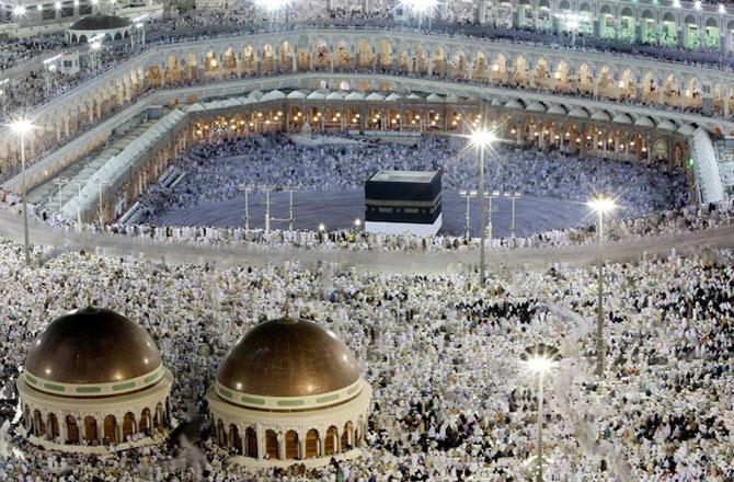 Fotografii cu expunere lunga ale pelerinajului musulman la Mecca - Poza 7