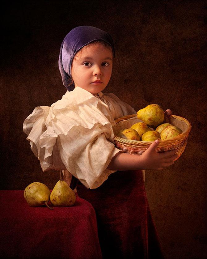 Tatal care si-a fotografiat fetita in stil de tablou clasic - Poza 2