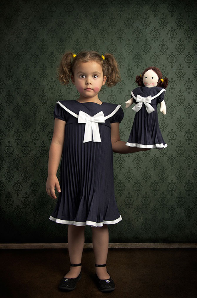 Tatal care si-a fotografiat fetita in stil de tablou clasic - Poza 7