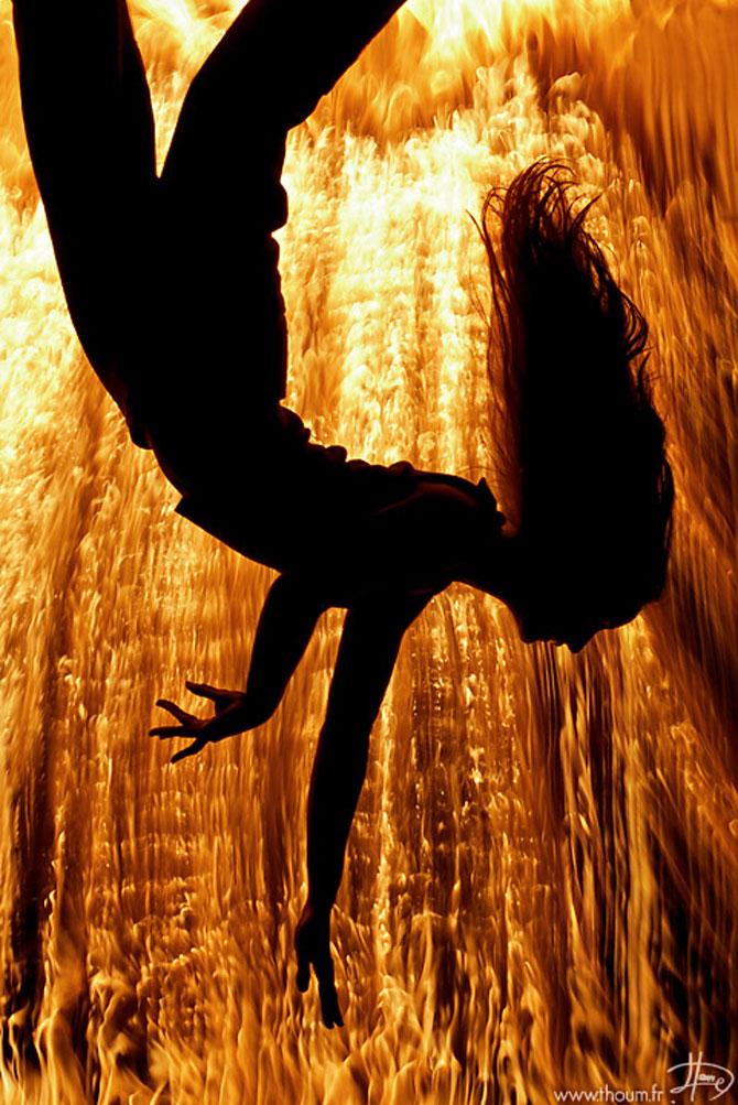 Cum se joaca Tom Lacoste cu focul - Poza 2
