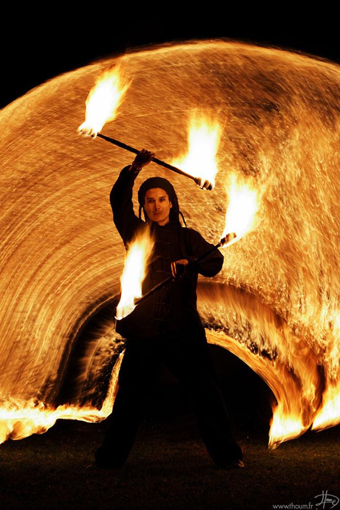 Cum se joaca Tom Lacoste cu focul - Poza 7