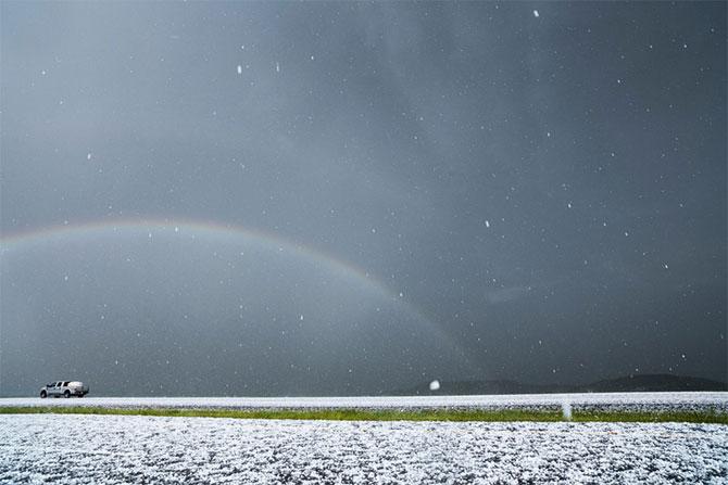 Vanatorul de furtuni Mike Hollingshead - Poza 9