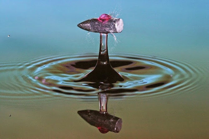 Cum trece un glont printr-un strop de apa - Poza 2