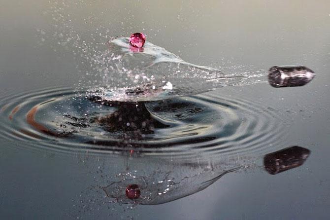 Cum trece un glont printr-un strop de apa - Poza 4