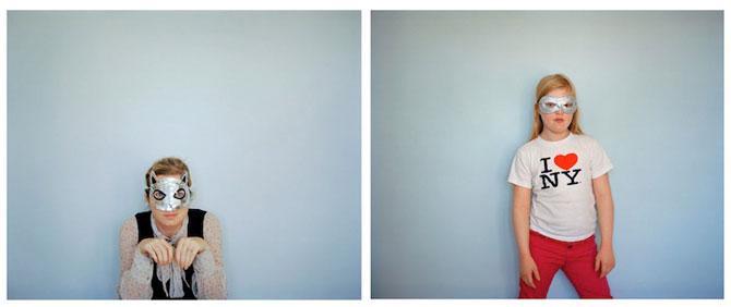Emotionant: Mama si fiica cu sindromul Down se fotografiaza una pe alt - Poza 11