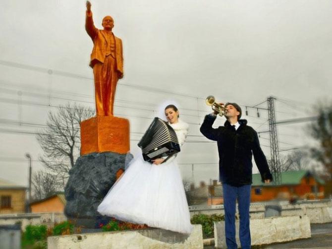 WTF?! Cele mai bizare fotografii de nunta din Rusia - Poza 1