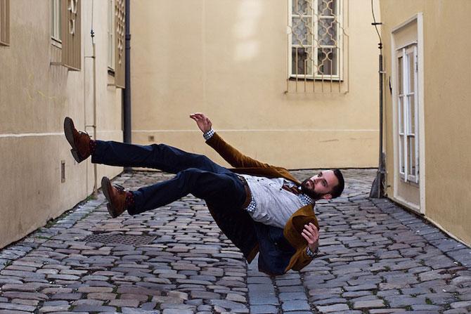 Oameni in cadere calma, de Brad Hammonds - Poza 8