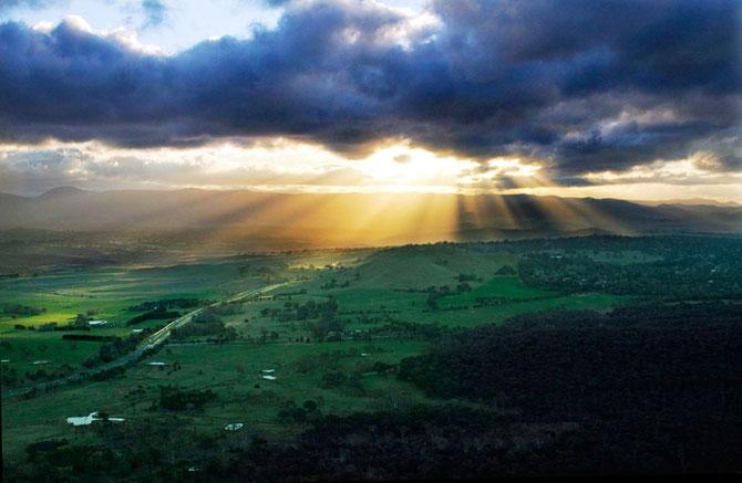 15 fotografii cu raze care strapung norii - Poza 4