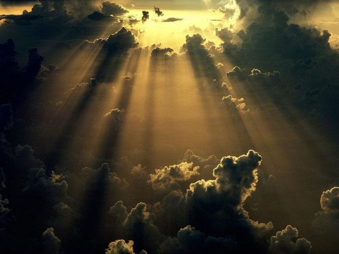 15 fotografii cu raze care strapung norii - Poza 8