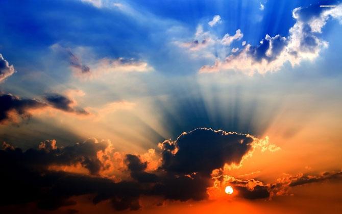15 fotografii cu raze care strapung norii - Poza 10