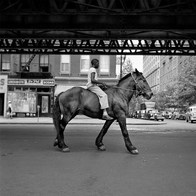 Noi fotografii recuperate, de Vivian Maier - Poza 12