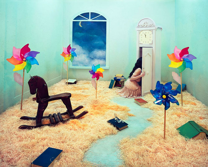 Fotografii suprarealiste fara Photoshop, de Jee Young Lee - Poza 7