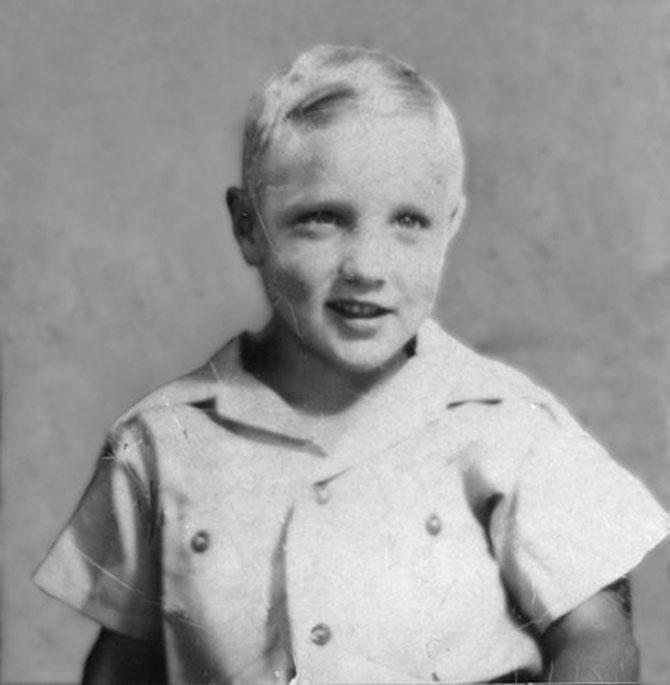 In tinerete: 15 celebritati pe vremuri - Poza 2