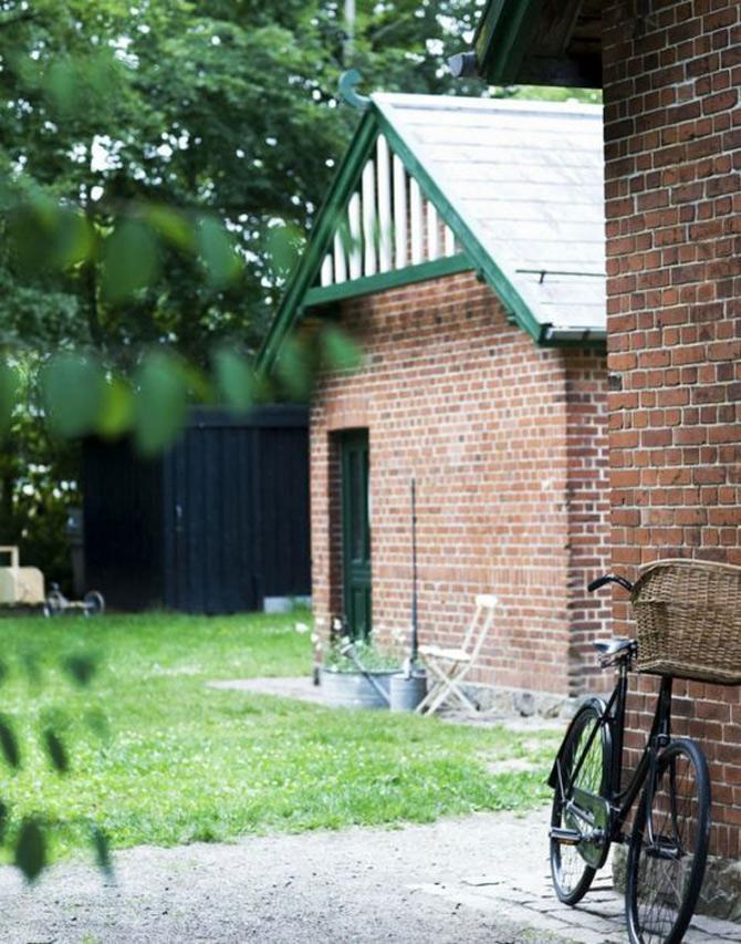 Casa din gara? Gara din casa - Aarhus, Danemarca - Poza 2