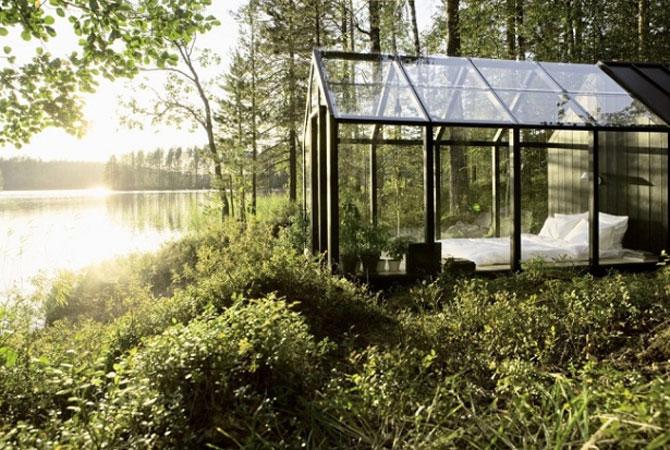 Cabana de gradina din sticla, cu priveliste la lac si padure - Poza 1