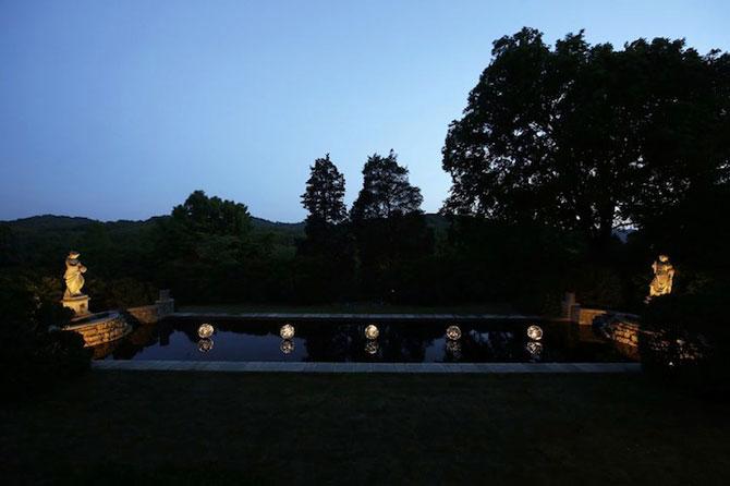 Sfere luminoase plutitoare, de Bruce Munro - Poza 7