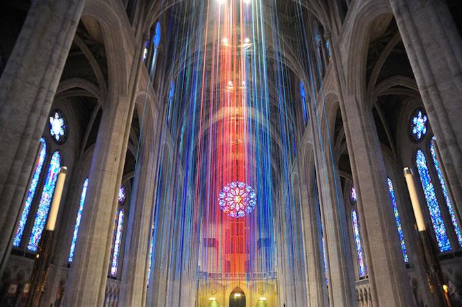 Catedrala impodobita cu 1.000 de panglici - Poza 2