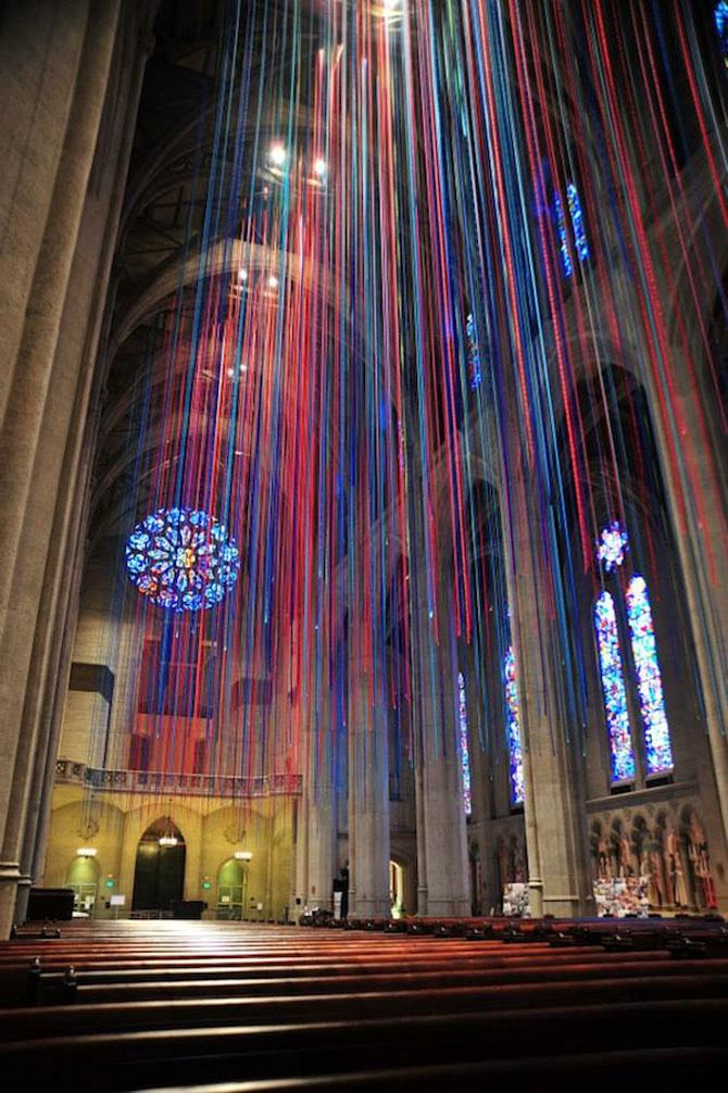 Catedrala impodobita cu 1.000 de panglici - Poza 4
