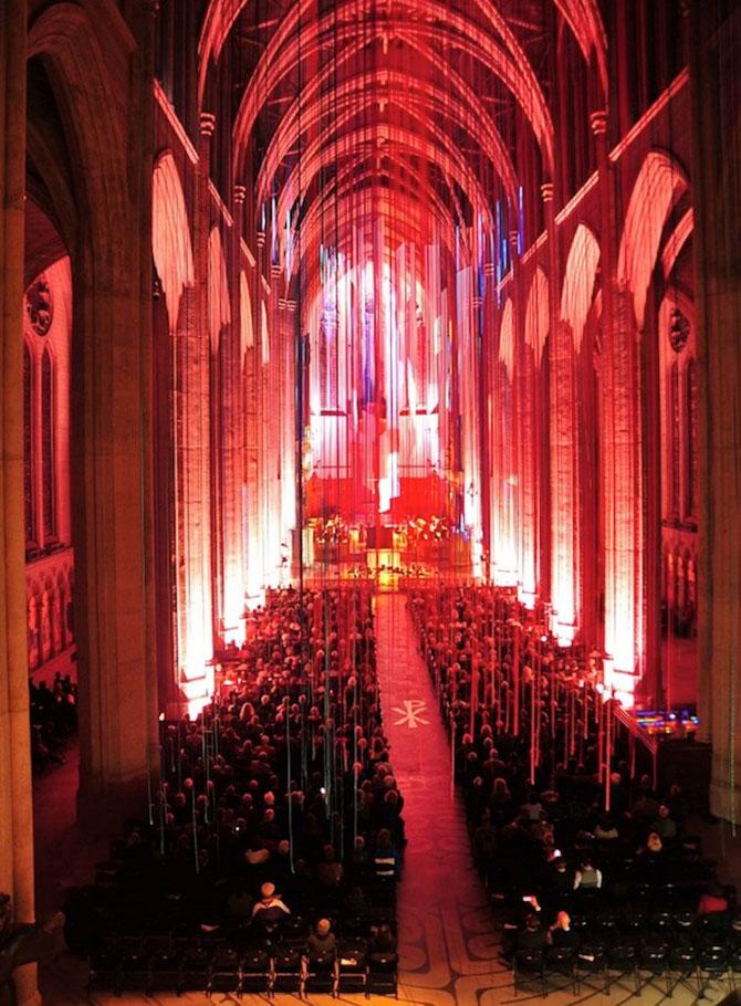 Catedrala impodobita cu 1.000 de panglici - Poza 6