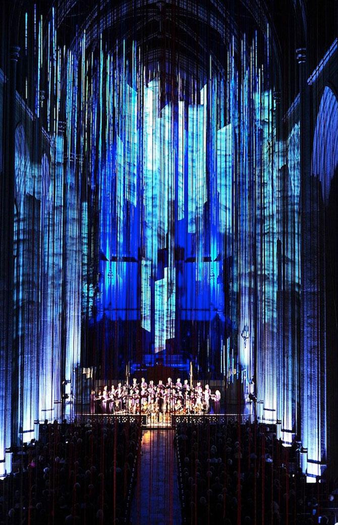 Catedrala impodobita cu 1.000 de panglici - Poza 8