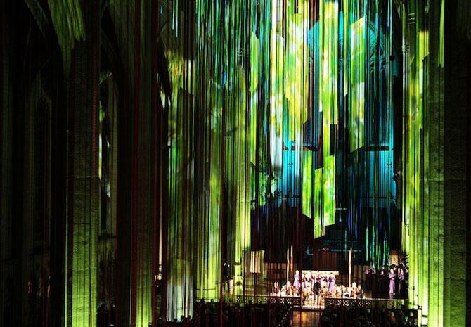 Catedrala impodobita cu 1.000 de panglici - Poza 9