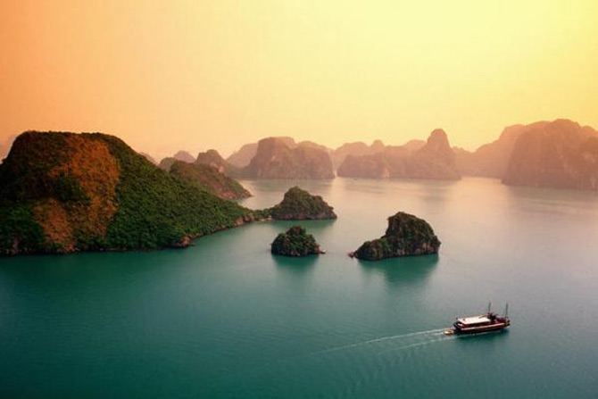 Croaziera prin Ha Long Bay, Vietnam - Poza 1