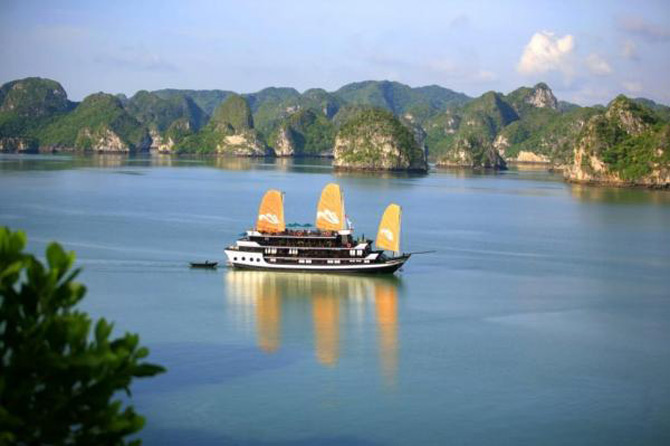Croaziera prin Ha Long Bay, Vietnam - Poza 10