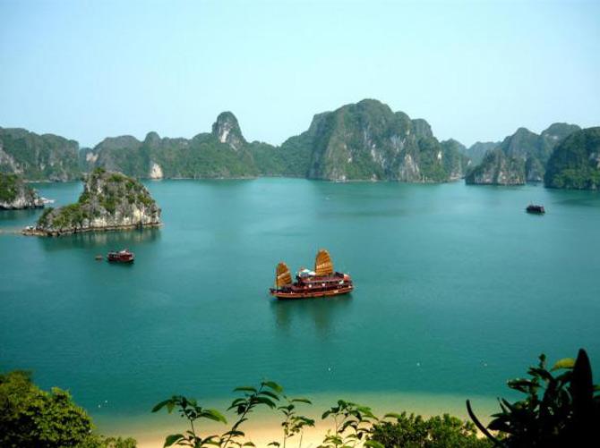 Croaziera prin Ha Long Bay, Vietnam - Poza 15
