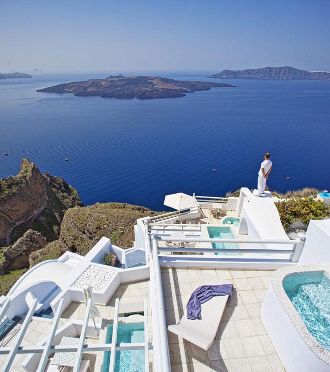 Boutique hotel chic la Santorini - Poza 1