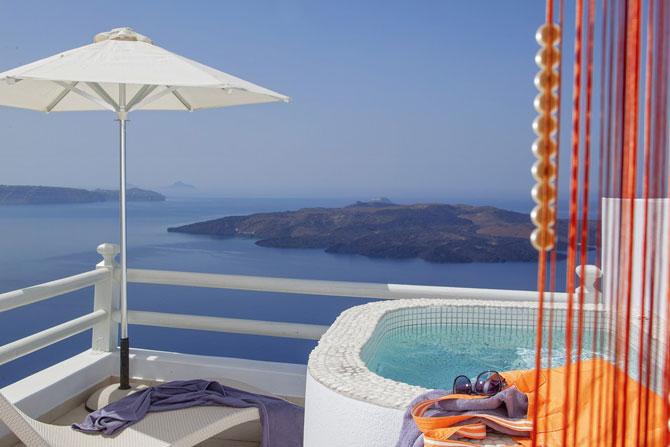 Boutique hotel chic la Santorini - Poza 3